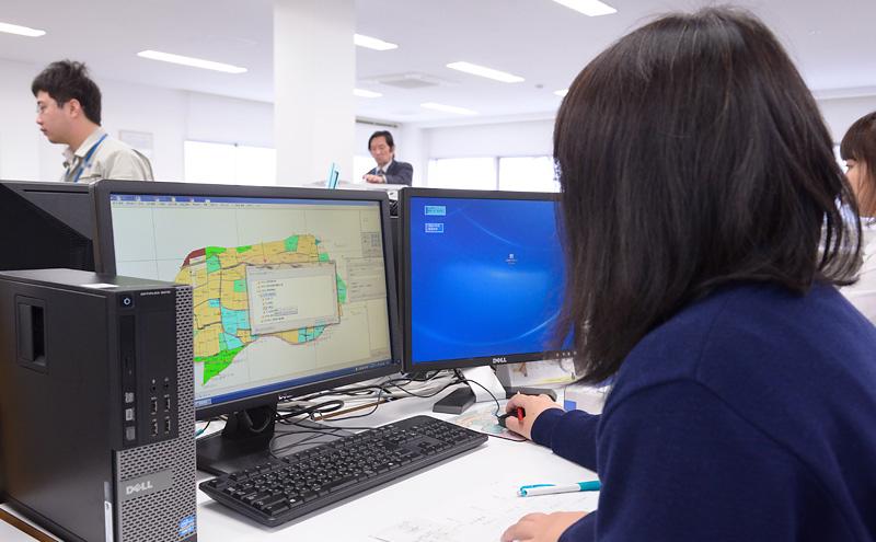 同社の地籍調査システムは、準備工程から法務局送付まで地籍調査の全工程のサポートに加えて、調査後の情報管理・活用まで対応できるシステムです。