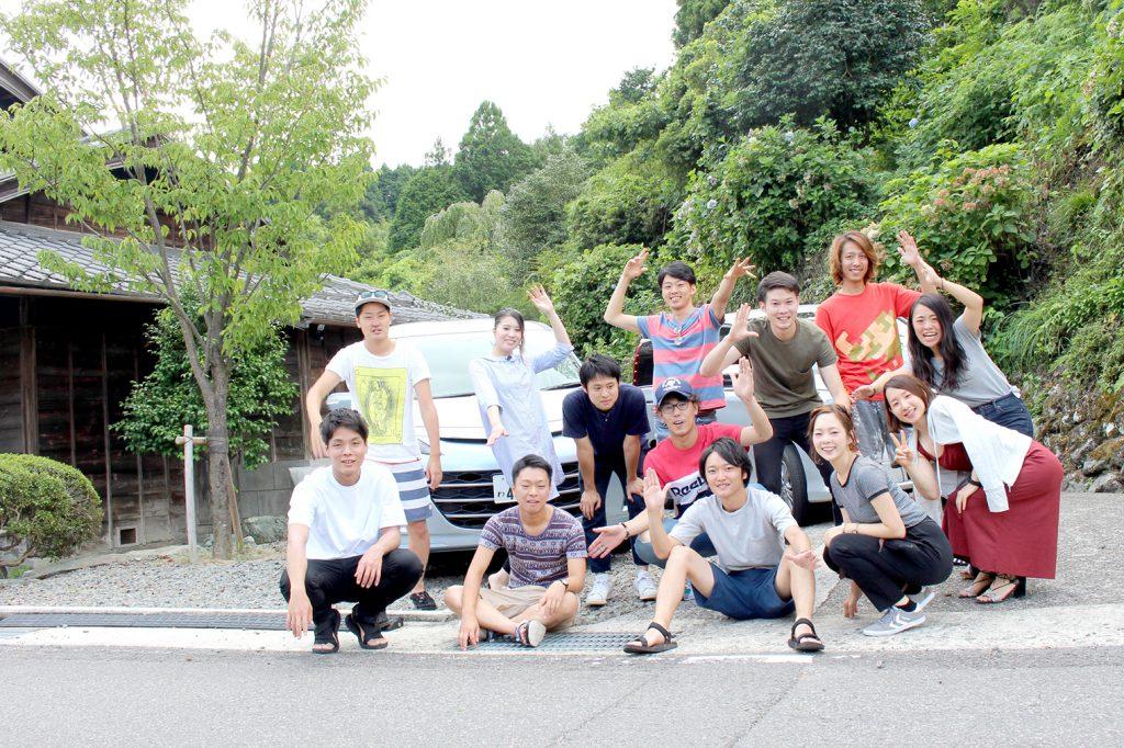 阿波おどりに出るために東京から来たメンバー。
